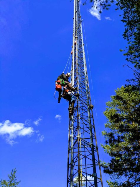 Rescue of a person from the mast